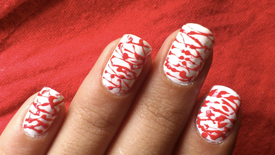 10 Scary Halloween Nail Designs for a Treat