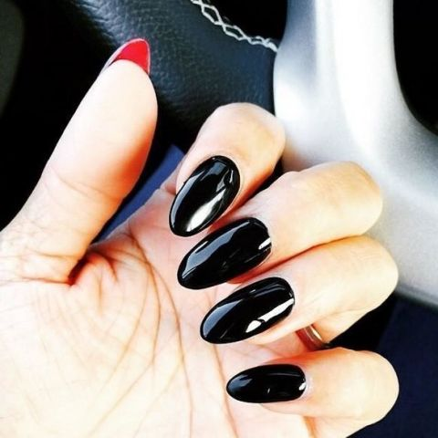 It May Look Normal To You But Underneath And Will See The Surprise This Nail Art Uses Glossy Black Polish Red