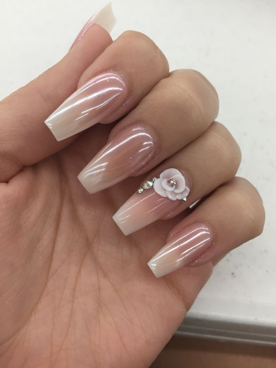 2019 Nail Design Trends To Try Sparkly Polish Nails